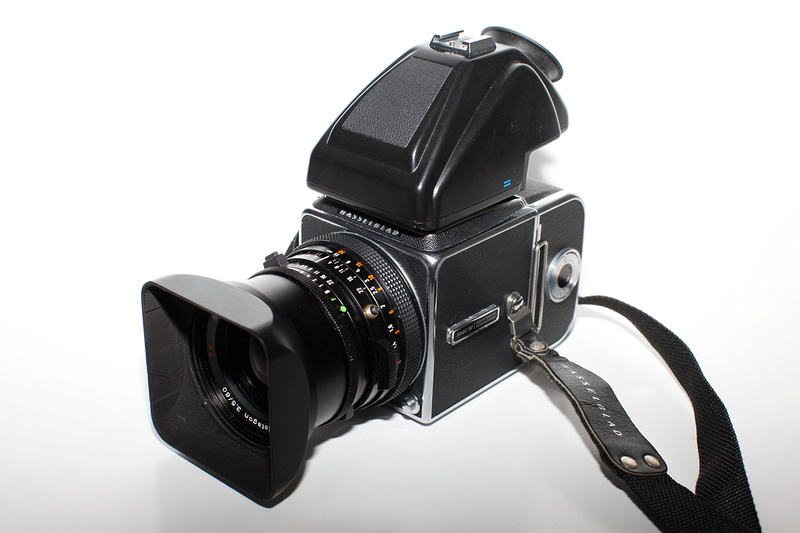 Zenfolio   Martin Bluhm Photography   Hasselblad 500 C/M vs